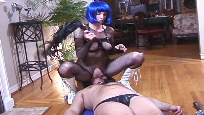Mistress Nyne - The Sadistic Mistress Nyne - Part 3