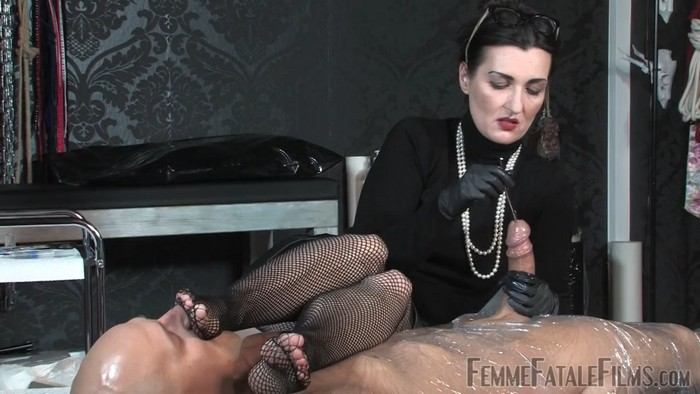 Lady Victoria Valente - Mummification Sounds